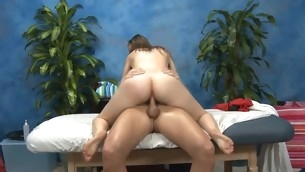 Lovely chick loves massage and big 10-Pounder  in her seize